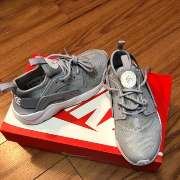 Nike Shoes | Nike Huarache Kids Grey